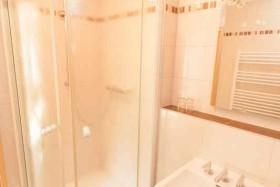 Dusche Komfort- Zimmer